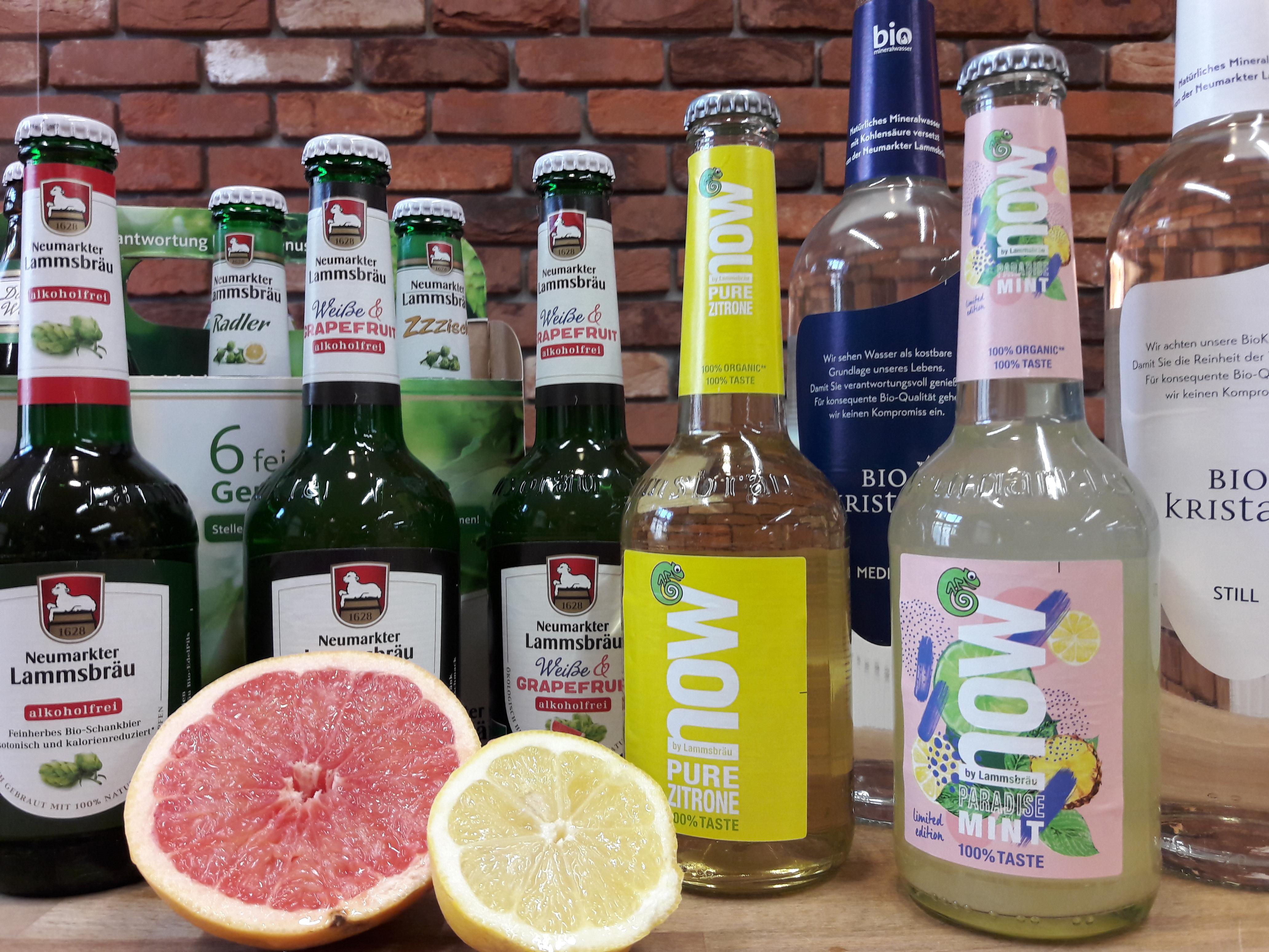 Frühlingshafte Genussmomente mit den spritzigen und fruchtigen Bio-Getränken der Brauerei Neumarkter Lammsbräu am Freitag, den 27. April 2018