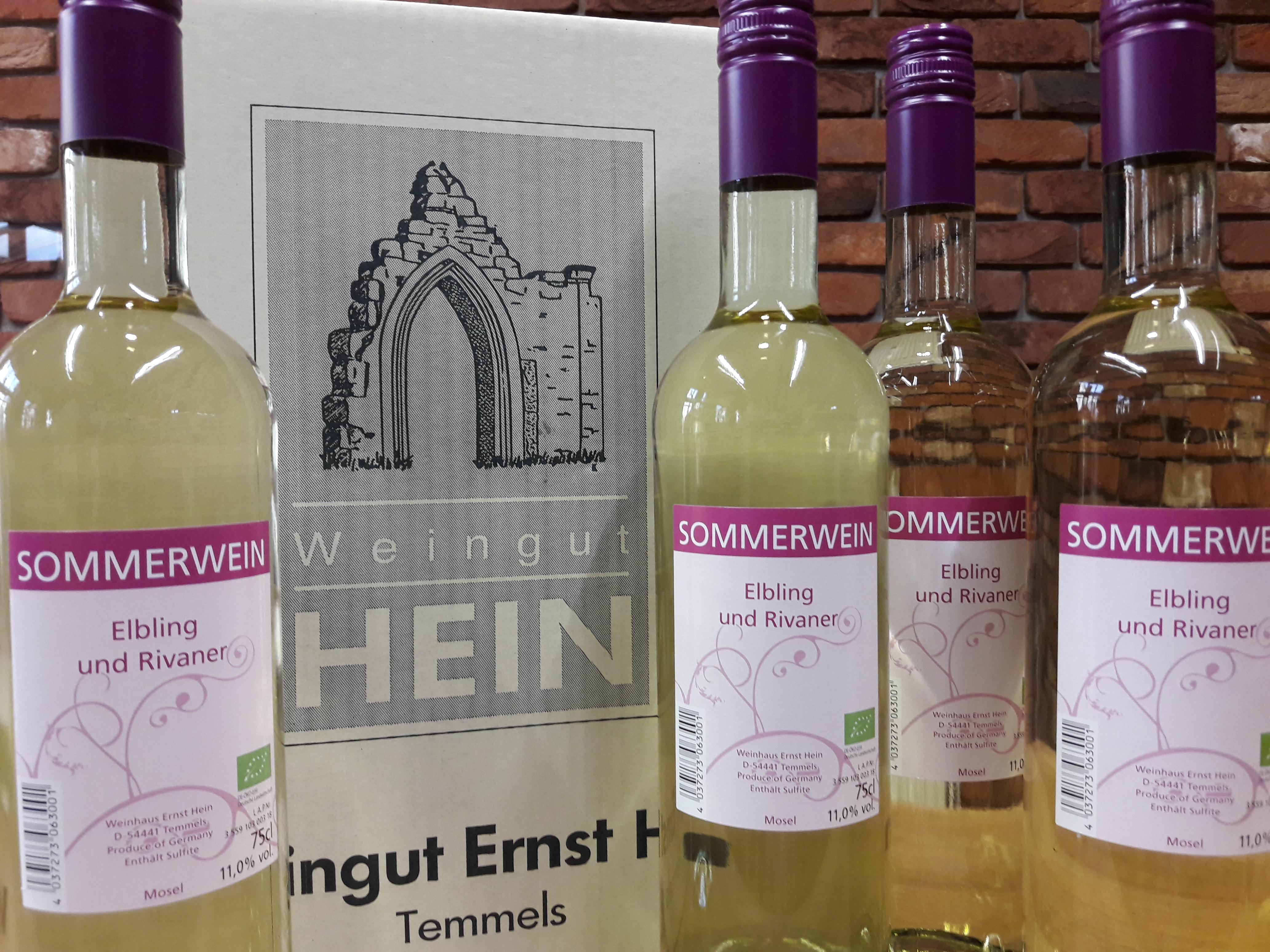 Sonne, Wärme, Weingenuss: der fruchtig-spritzige Bio-Sommerwein aus dem Weinhaus Ernst Hein ist eingetroffen!